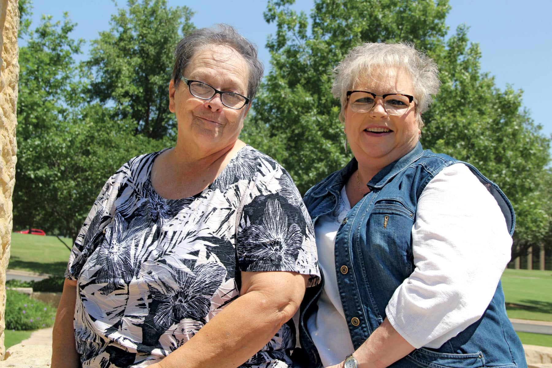 Photo of Cindy Miller and Jo Ann Evans