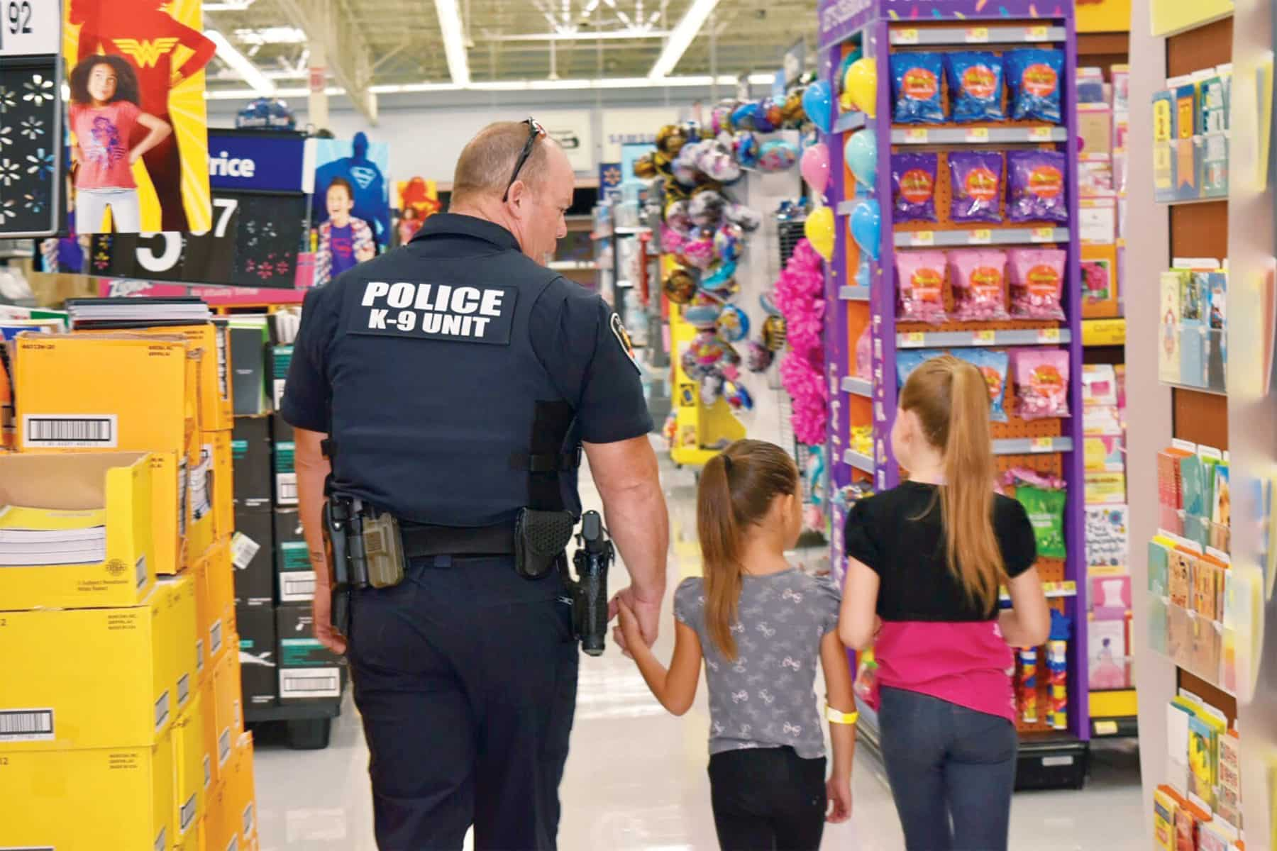 Las Cruces Outreach Shop with a Cop