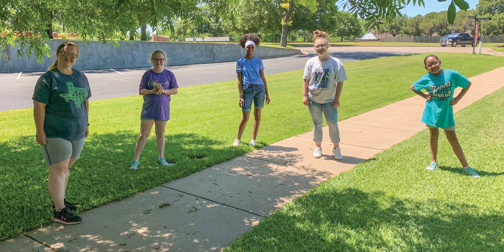 summer-2020_covid-19_bowen-girls-walk_1000x500